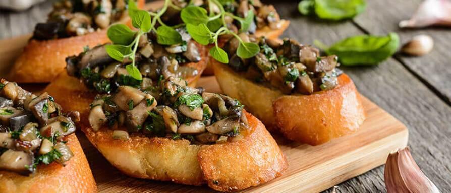 mushroom toast delicious