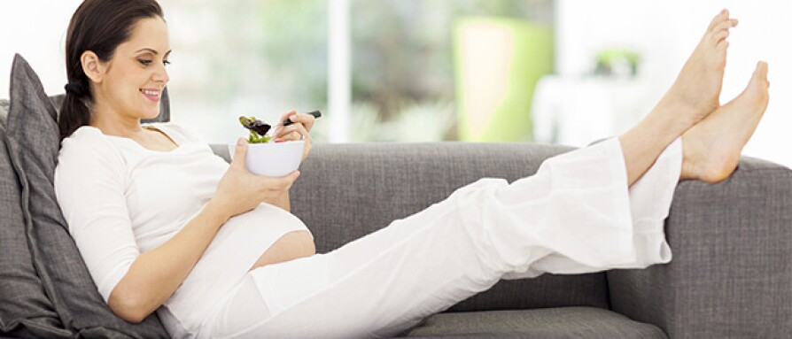 pregnantwomaneating.jpg
