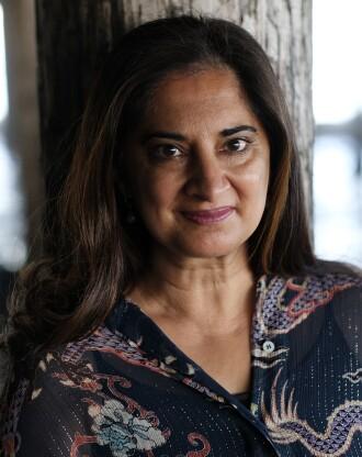 Mallika Chopra smiling