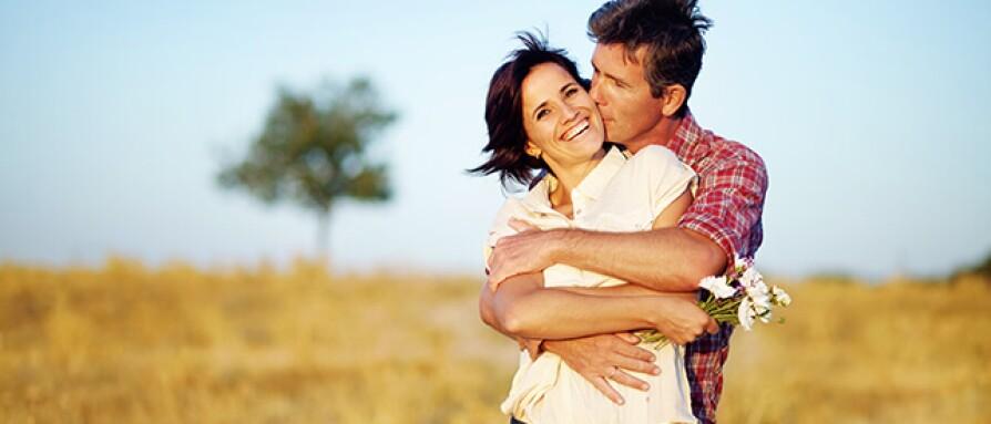 couplehugging.jpg