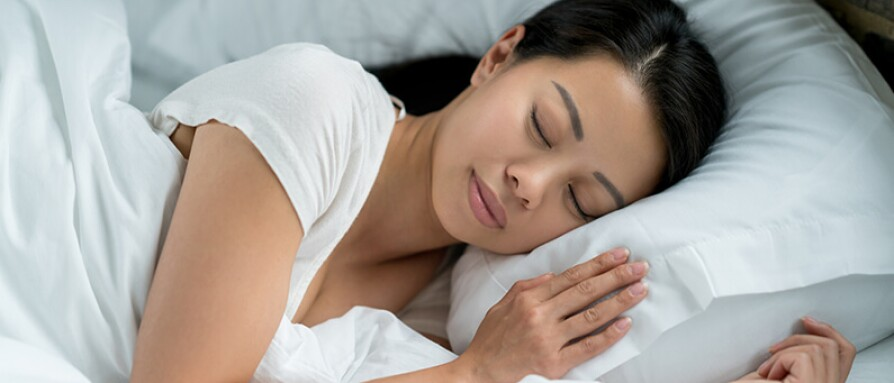 woman restful sleep